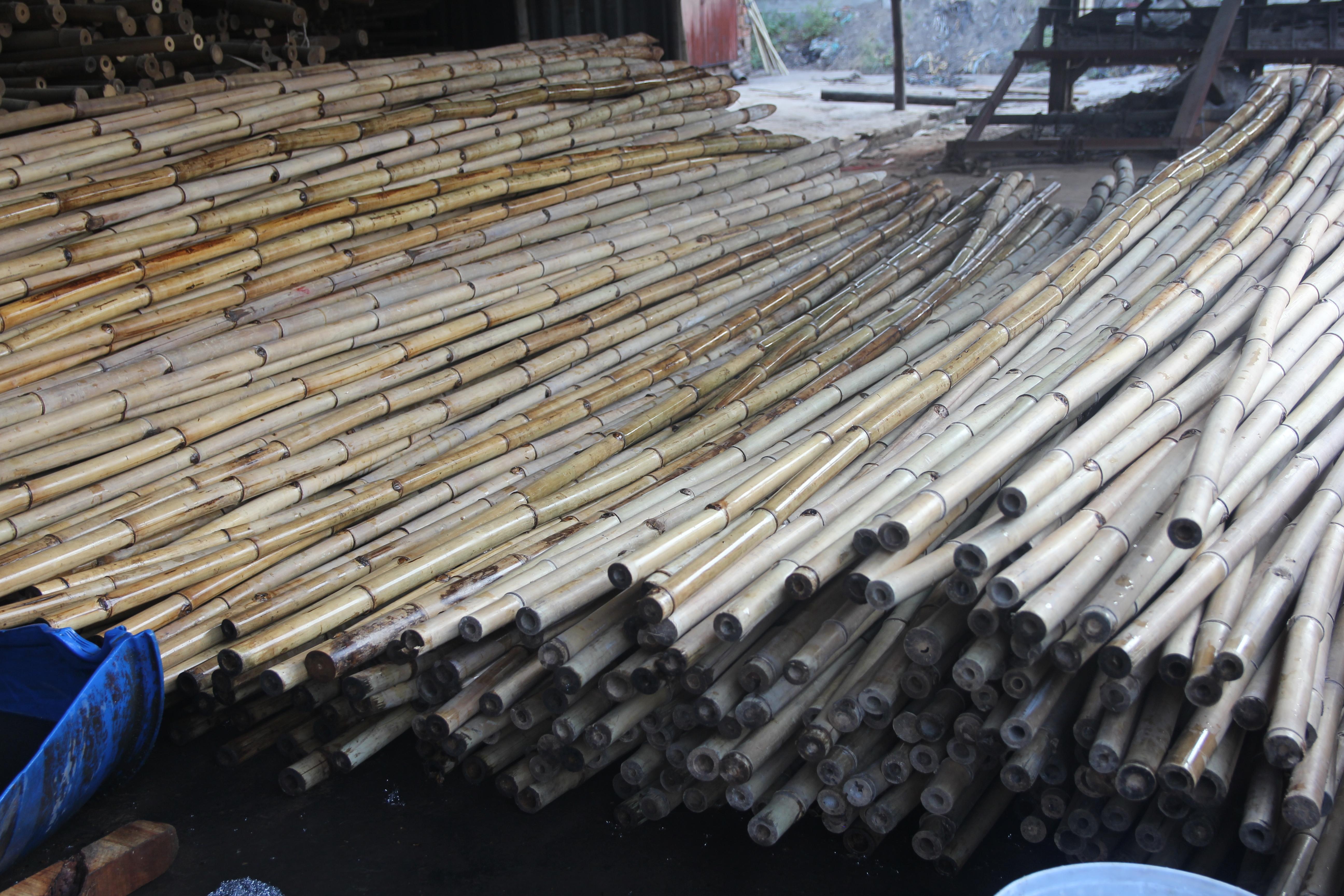 Nguyên liệu lồ ô giá rẻ tại TPHCM