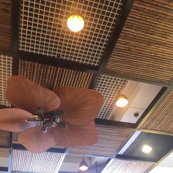 Ốp trần bằng tre trúc nứa