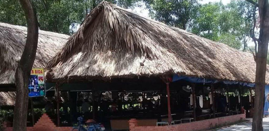 Cung cấp nguyên liệu làm nhà mái lá tại Sài Gòn